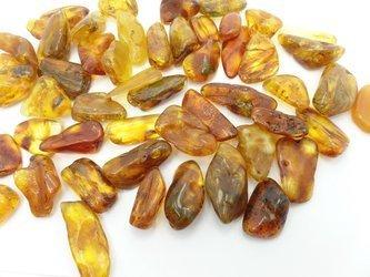 bursztyn bałtycki wysoki bryłki 2-5 cm 1 szt.
