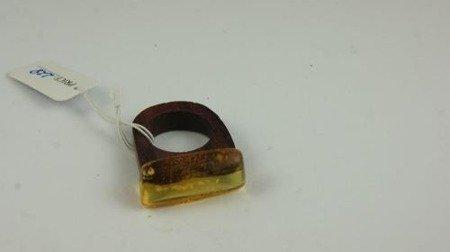 Pierścionek bursztyn bałtycki P118