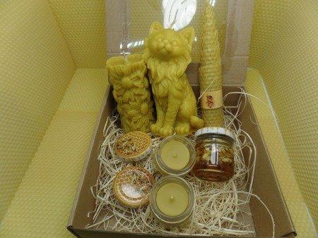 Zestaw prezentowy pięciu świec z wosku pszczelego